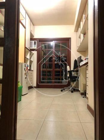 Linda sala 4 quartos ( 3 suítes + closets ) 4 vagas com piscina - Maravista - Foto 4