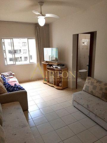 L1002 Apartamento de 1 dormitório centro de Meia Praia, 150 metros do mar - Foto 5