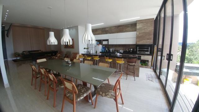 Casa Condominio Fechado, Alto Padrão com 04 Suítes, em Caldas Novas GO - Foto 13
