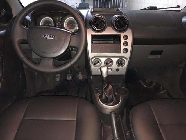 Fiesta Sedan 1.6 completo - Foto 14