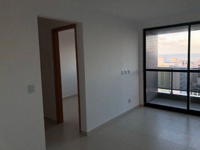 Apartamento com 2 Quartos no Bessa com Área de Lazer Completa - Andar Alto - Foto 4