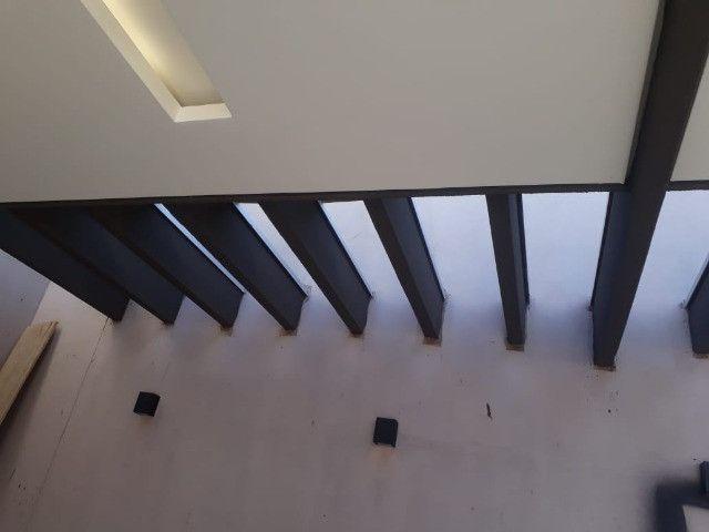 Excelente casa ,fino acabamento, projeto moderno. Agende uma visita. Você vai se apaixonar - Foto 2