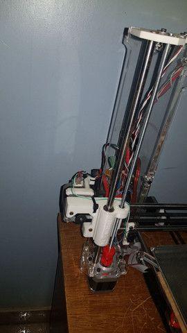 Impressora 3D frame de acrílico pronta pra uso.
