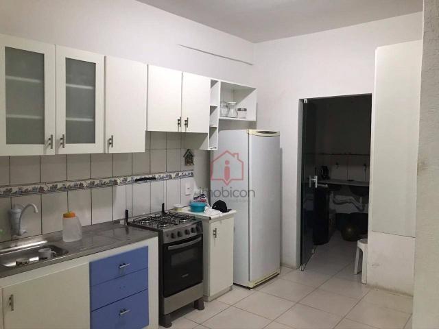 OPORTUNIDADE: Casa de 2 Pavimentos com 4 dormitórios (1 suíte) à Venda, 192 m² por R$ 280. - Foto 18