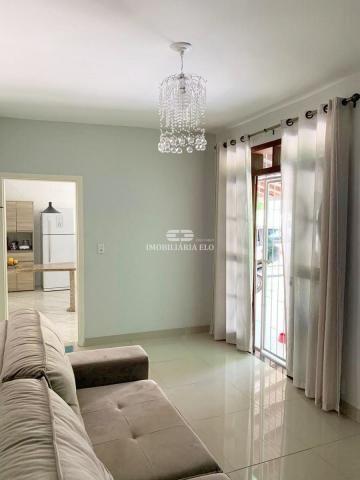 Casa com 03 quartos com amplo terreno - Foto 3