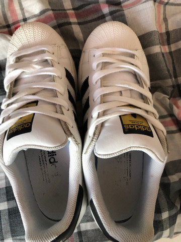 VENDO TÊNIS ADIDAS SUPERSTAR BRANCO ORIGINAL