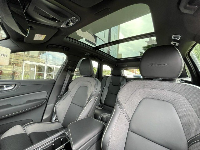 Volvo Xc60 2.0 T8 Hybrid R-Design Awd Geartronic / Único dono! Apenas 19mil Km! - Foto 8