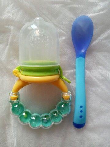 Chupeta alimentadora+colher de silicone - Foto 4