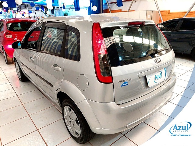 Ford Fiesta 1.6 MPI CLASS HATCH 8V FLEX 4P MANUAL - Foto 6