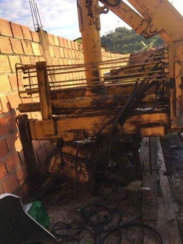 Munck hidrogu 3 toneladas  - Foto 4