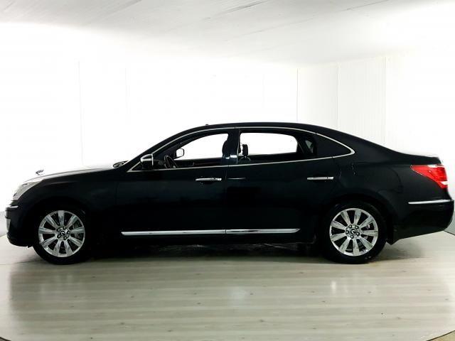 Hyundai EQUUS 4.6 V8 32V 366cv 4p Aut. - Preto - 2012 - Foto 2