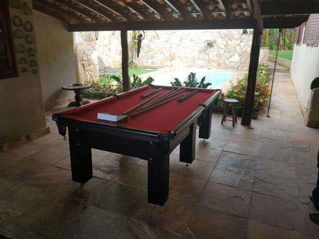 Mesa Madeira de 6 Pés Cor Preta Tecido Vermelho Mod. LHIW5608 - Foto 3