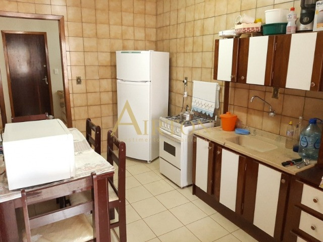 L1002 Apartamento de 1 dormitório centro de Meia Praia, 150 metros do mar - Foto 9