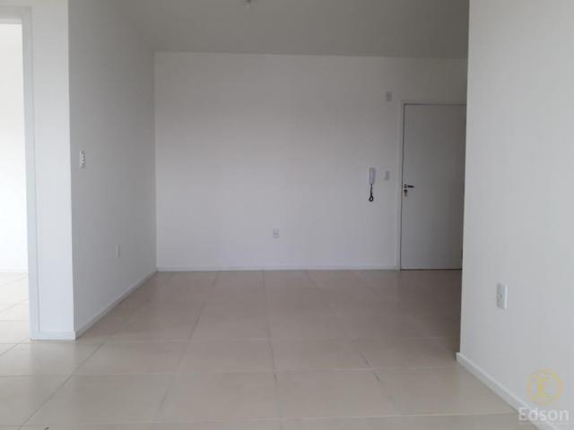 Apartamento para Venda em Palhoça, São Sebastião, 2 dormitórios, 1 banheiro, 1 vaga - Foto 3