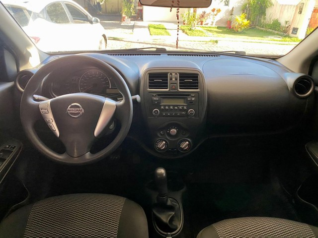 Nissan versa 1.0 2020 - Foto 4
