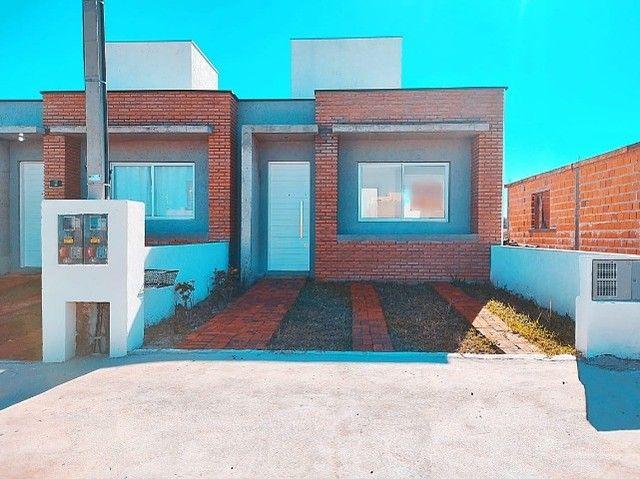 Casa nova com 2D e pátio (Financiável) - Foto 2