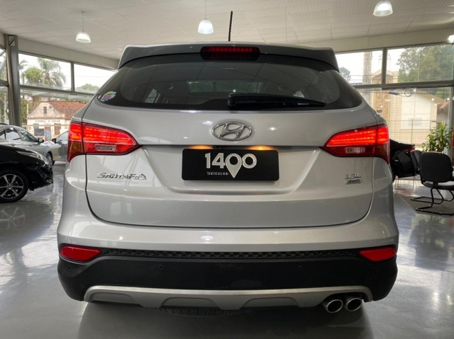 Hyundai Santa Fe 3.3 GLS / 7 LUGARES 4P - Foto 9