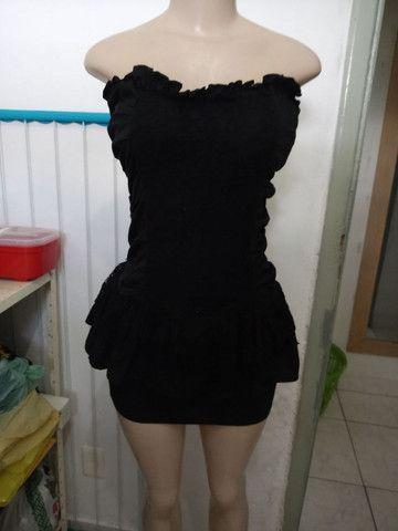 7 vestidos tamanhos diversos por 150.00 - Foto 3