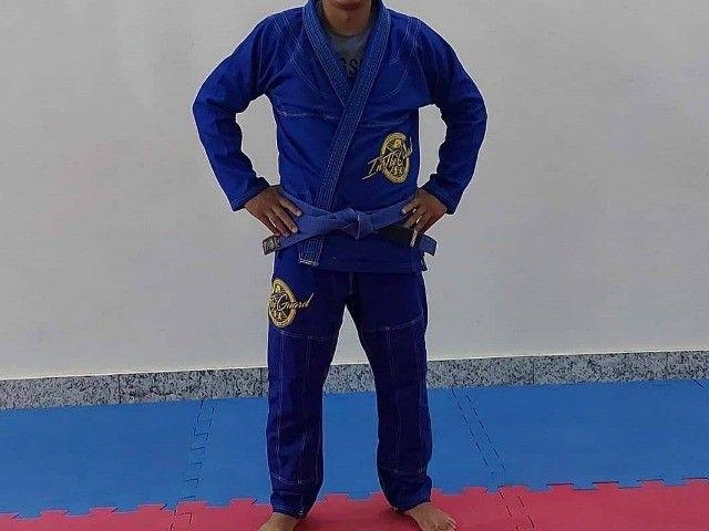 Kimono A3 Jiu Jitsu, Marca In the Guard azul, trançado semi-novo  - Foto 2