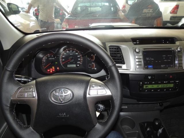 Toyota Hilux 3.0 SRV Cabine Dupla 4x4 Diesel 2014 - Foto 10