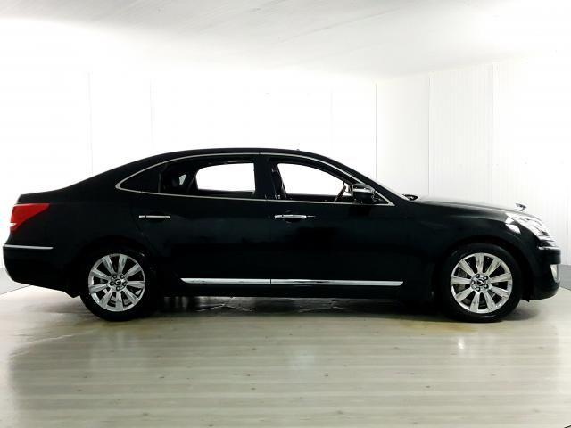 Hyundai EQUUS 4.6 V8 32V 366cv 4p Aut. - Preto - 2012 - Foto 4