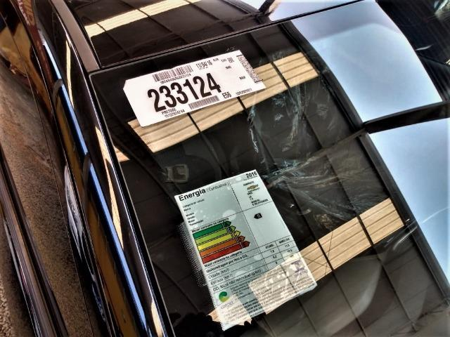Gm - onix completo baixa km,1 dono,dh,ac,vte,air bag,dvd,estepe s/ uso,impecavel,placa a - Foto 17