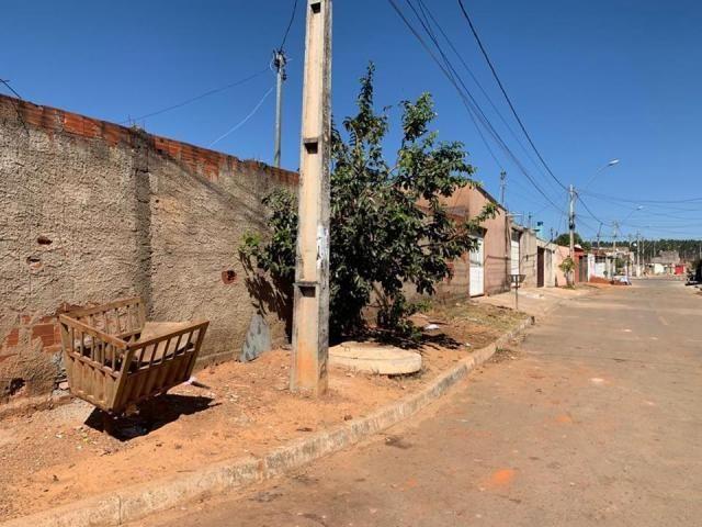 Casa 2 quartos, lote de esquina, QR 1029, próximo ao terminal rodoviário, Samambaia - Foto 3