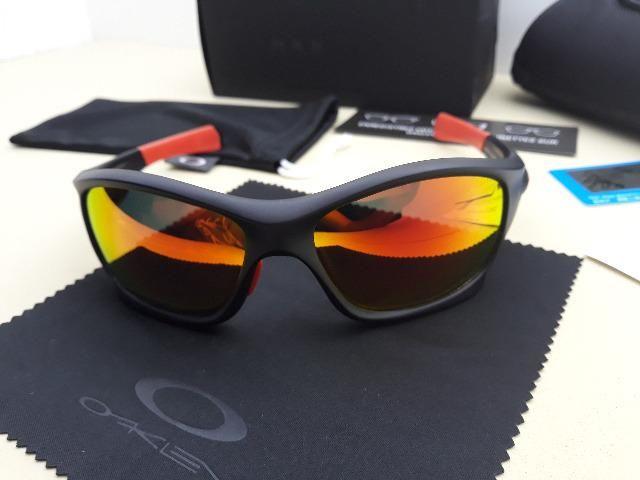 876a32836 Óculos Oakley Pit Bull Ducati Preto/Vermelho Polarizado - Importado e Novo