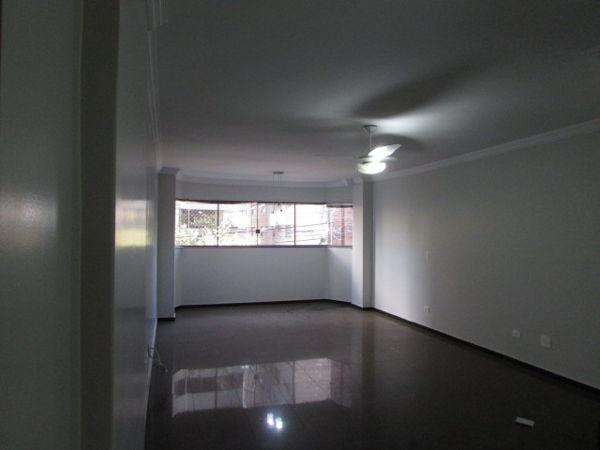 Apartamento com 4 quartos no Residencial Mont Apalachees - Bairro Setor Bueno em Goiânia - Foto 3