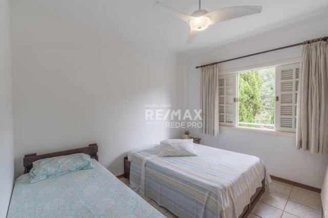A Casa Azul! Térrea com 3 dormitórios e terreno de 1310m2 à venda no Condomínio Marambaia- - Foto 17