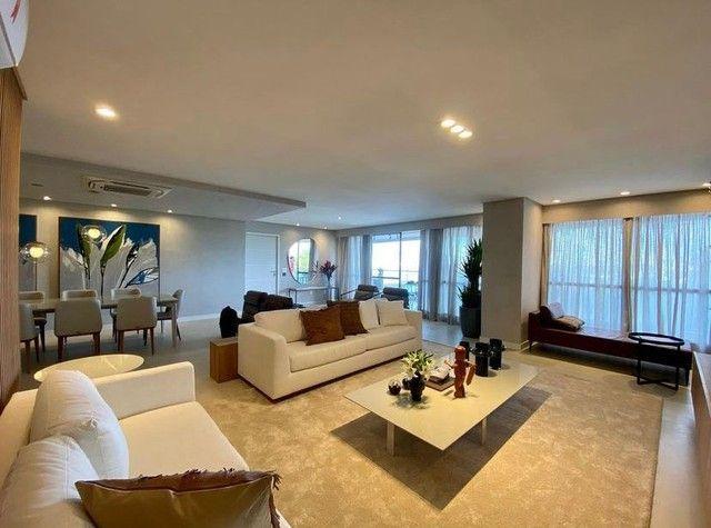 Apartamento para venda possui 268 metros quadrados com 4 quartos em São José - Recife - PE