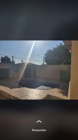 Casa 3 quartos sendo uma suíte, piscina aquecida  - Foto 2