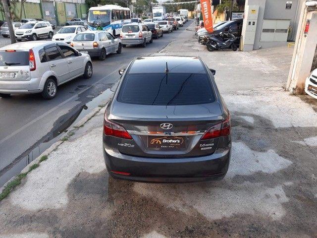 Hyundai HB20S 1.6 Automático C/GNV - 2014 - Foto 9