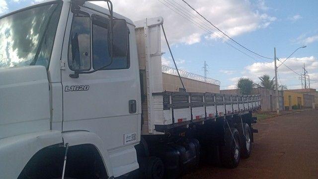 Caminhão MB1620 - Foto 4