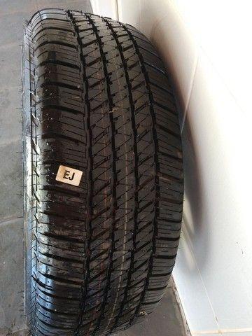 Roda aro 18 + pneu sem uso original Hilux 2017,2018 - Foto 2