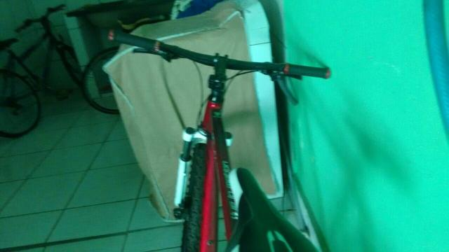 Mountain Bike aro 26 freio a disco NOVA