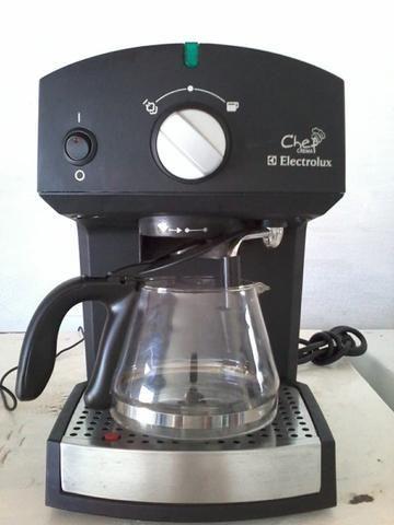 Cafeteira elétrica eletrolux seminova