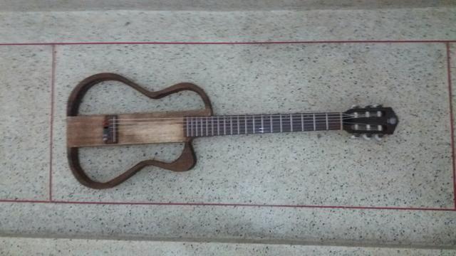 Vjolao fox luthier vazado silent