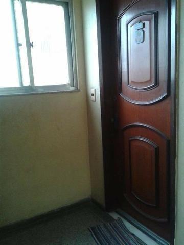 Apartamento composto por: 01 quarto, sala, cozinha, banheiro e 01 vaga descoberta