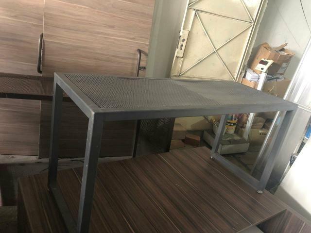 Araras e banco em ferro e madeira - Foto 3