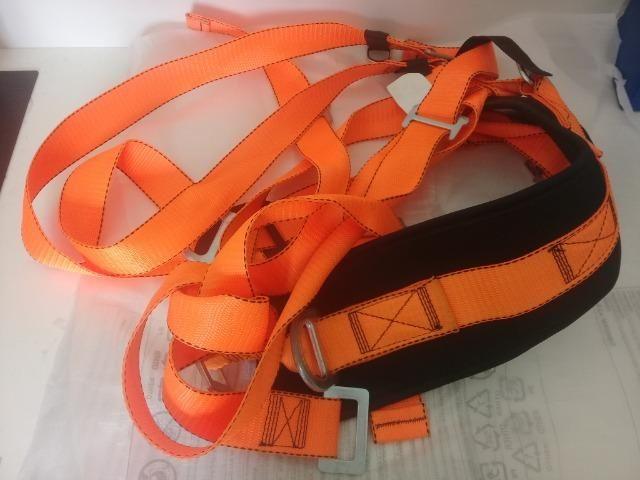 30ad5e3878366 Cinto de seguranca paraquedista para trabalho em altura - Outros ...