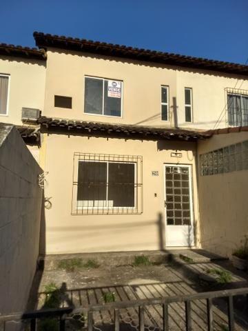 Vendo Casa Duplex dentro de Condomínio Fechado - Wona
