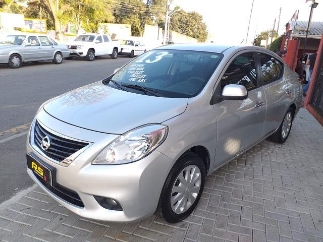 Nissan Versa - Foto 5