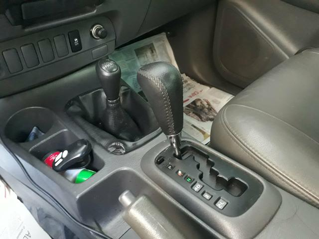 Hilux completa 4x4 diesel com controle de estabilidade , ipva 2020 já pago - Foto 6