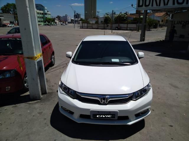 Honda Civic LXS 1.8 13/14 - Foto 2