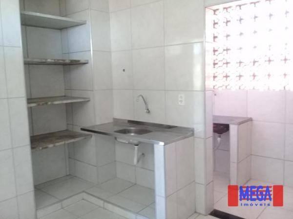 Apartamento com 2 dormitórios para alugar, 100 m² por R$ 1.100,00/mês - Amadeu Furtado - F - Foto 7