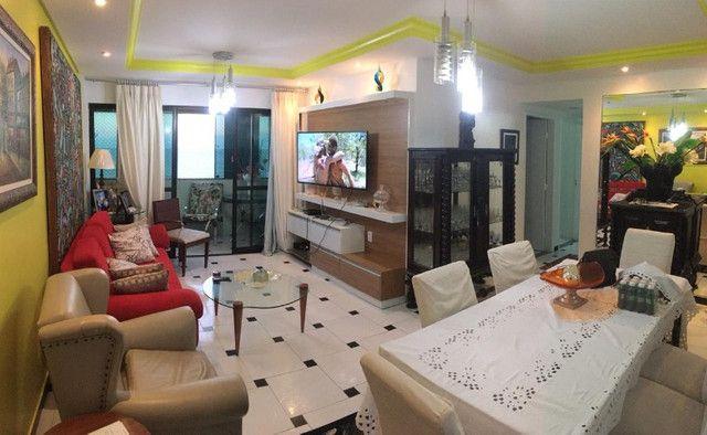 Apartamento na beira mar de Olinda, 3 quartos, móveis planejados, área de lazer - Foto 3