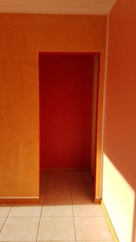 Apto 01 dormitorio s/ garagem- bairro teresopolis - Foto 4
