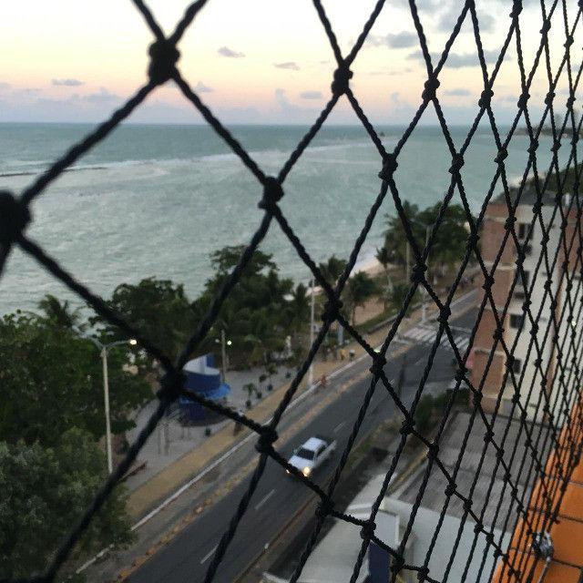 Apartamento na beira mar de Olinda, 3 quartos, móveis planejados, área de lazer - Foto 13