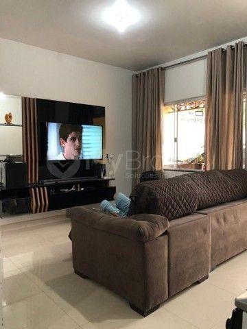Casa com 3 quartos - Bairro Santo Hilário em Goiânia - Foto 2